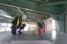 屋根取付作業