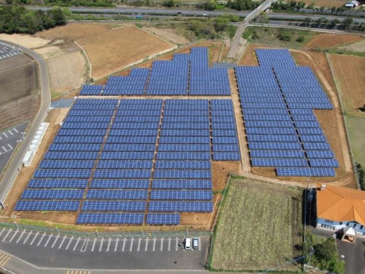 太陽光発電の基礎工事から完成まで