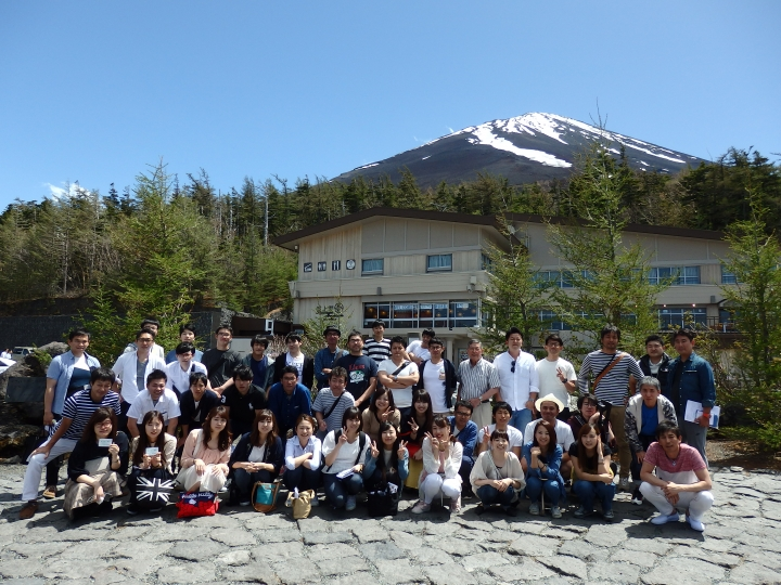 平成30年社員旅行(富士山5合目~忍野八海~浅間神社)