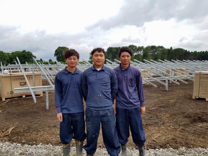 太陽光発電現場のベトナム技能実習生紹介